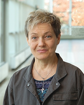 JoAnna E. Galezowska, MD