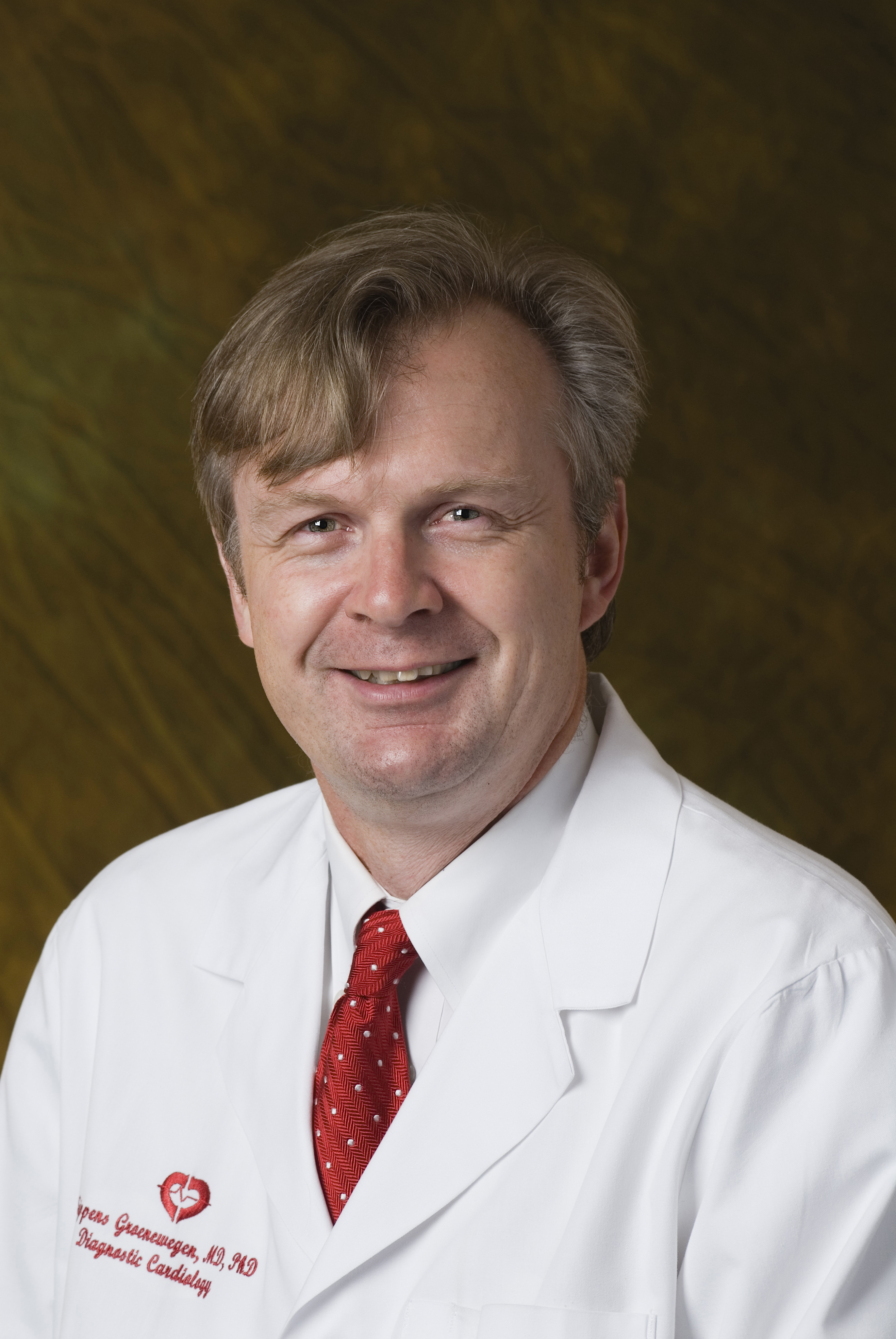 Arne Sippens Groenewegen, MD