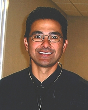 Lee Eslava, MD