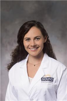 Lyndsi Davenport DO - Internal Medicine | Ascension