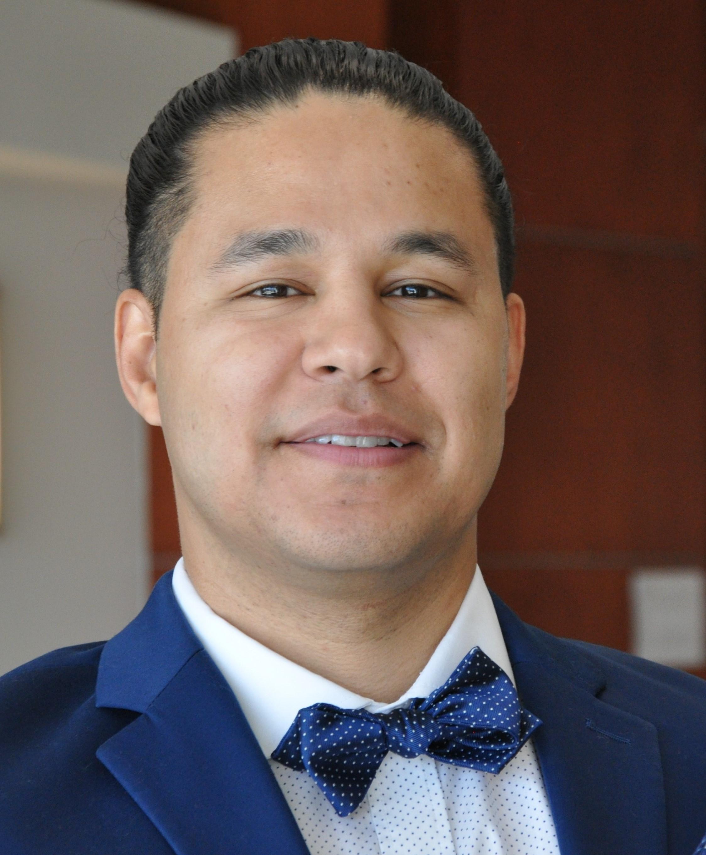 Gus Perez, MD