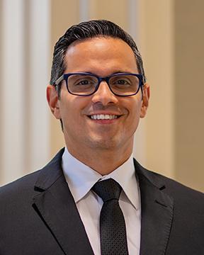 Roberto Borrero, MD