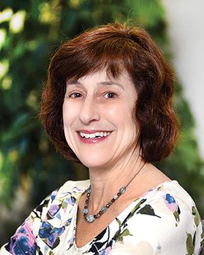 Susan E Lyons, MD